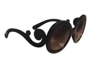 Kiss Oval (svart) - Store solbriller